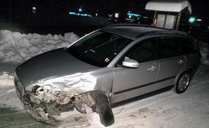 En av olycksbilarna vid krocken i Stugun. Foto: Ingvar Ericsson