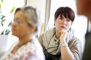 Marita Engström, V, och Carina Blank, S,                      har haft mer skattepengar än de räknat med att fördela.