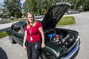 Anna Rossander från Bonäset var på plats med hennes och sambons Ford Mustang från 1966.
