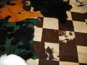 Koskinn och djurhudar är helrätt för den som vill inreda sitt hem trendigt i vinter.