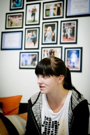 Emilie Malmqvist är tillbaka i Sverige - med minnen från livet från de annorlunda vardagen i Palestina.