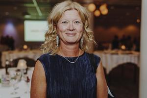 Rosi Domberg, 52, socialsekreterare, Nordanby: