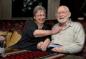 I 60 år har Ruth och Rudolf Karlberg varit gifta, och i 55 av de åren har de bott i villa på Vallgatan i Kungsör.