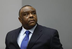 Den före detta kongolesiske vicepresidenten Jean-Pierre Bemba dömdes i år till 18 års fängelse av ICC för brott mot mänskligheten och krigsbrott i Centralafrikanska republiken för 14 år sedan. Bemba är den första personen som hålls direkt ansvarig i ICC för brott begångna av hans underlydande.   Foto: Michael Kooren/AP/TT