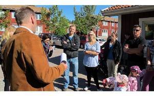 Mötet med förskolechefen i maj vid Guldstigens förskola. Stefan Lysén längt till höger. FOTO: ARKIV