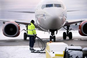 Landstinget har minskat sina flygresor till och från Stockholm med 80 procent.