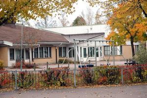 STÖKIGT. Två pojkar misshandlades vid Centralskolan i Tierp på tisdagen.