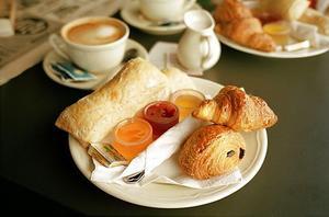 En bra frukost ger en stabil grund för dagen.