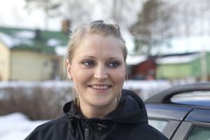 Mia Bergqvist, Enånger:– Fick reda på den stora nyheten halv nio. Jag har själv två barn så jag vet vilken lycka det är att bli förälder. Beatrice skulle kanske bli ett bra namn.