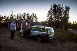 ساعد المتطوعين الشرطة بالبحث عن الصبي  وبعد عمليات البحث الكبيرة  في جميع أنحاء غابات جنوب Mora تم العثور على الصبي وهو على قيد الحياة.