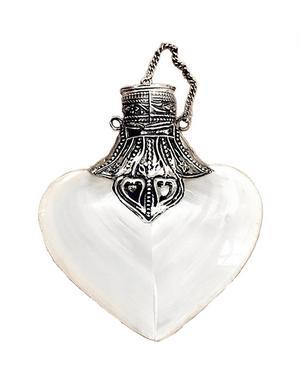 Smycke för kärlekspiller, twoshabbychicks.se, 110:-