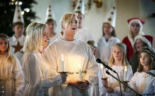 Luciafirandet innehöll många duetter och solonummer. Foto: Peter Ohlsson/DT