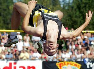 Stefan Holm vann SM 2002 inför runt 6 000 personer på läktaren.