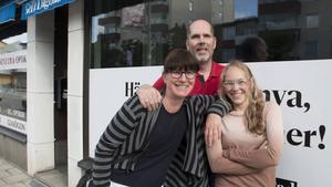 Här är några av Arbetarbladets medarbetare i Sandviken. Från vänster: Jenny Lundberg, Hasse Persson, Linda Lundin.