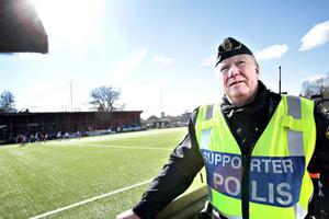 – Det är lugnt inne och lugnt utanför, sa Björn Orrsten, supporterpolis.