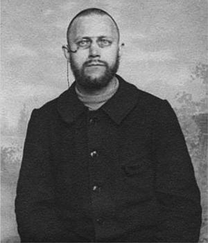 Ivan Aguéli, en känd konstnär från Sala. Både bland annat på Gotland och i Paris och Egypten. Dog i en tågolycka i Barcelona den första oktober 1917. Blev 48 år gammal.