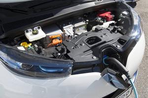Bildtext 8: Renault Zoe har både sladd och antisladd!   Foto: Pontus Lundahl/TT