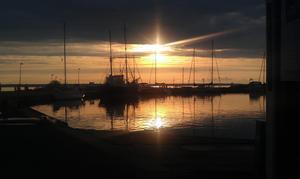 En skön julikväll i Gränna hamn