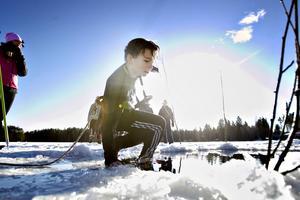 Alexander Nilsson, sjätteklassare, tyckte det var en chock att komma i det kalla vattnet.