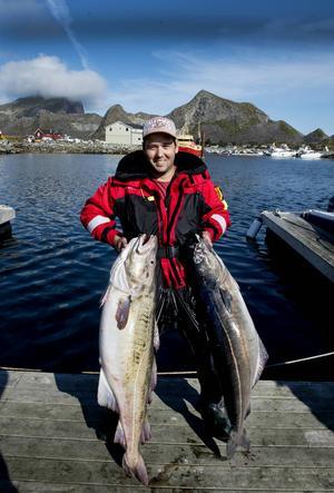 Det blev ett par rejäla bitar för Magnus. En torsk på 16 kilo och en sej på 17 kilo under sista fiskedagen.