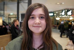Alva Alriksson Lind, 13 år, Ornäs skola:– Jag vet inte, men jag tror det. Min familj köper bra grejer, som ekologiska varor. Mycket av det är grönsaker och frukt.