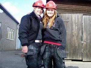 Johanna Persson och Johanna Hammargård valde Byggprogrammet för att de vill hålla på med någonting praktiskt.