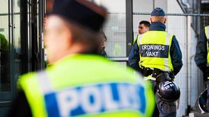 Mannen med kopplingar till Firman Boys är sedan tidigare dömd för försök till misshandel i samband med en fotbollsmatch.