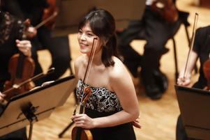24-åriga Jiyoon Lee är redan en fixstjärna. Hon visade en total förståelse för Mendelssohns Violinkonsert.