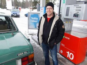 Micke Grönlund, yrkeschaufför tycker att det är svårt att se logiken i skyltningen längs E14.