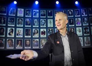 Henrik Fexeus – i dagarna två kör han sin nya tankeläsningsshow på Gävle teater.
