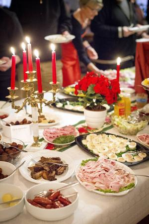 Populärast på julbordet var skinkan och ägghalvorna.