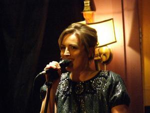 Den hyllade danska sångerskan Sinne Eeg kommer med tre av Danmarks bästa musiker till Metropol i Härnösand den 20 november.