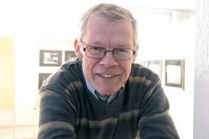 Jag tycker om bilder överhuvudtaget. Ta dig tid och känn efter vad en bild säger dig, konstaterar Hans Strömberg.