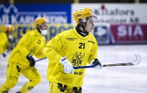 Tobias Nyberg klev av med en lårkaka.