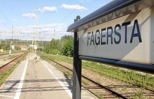 SJ försvarar det indragna direkttåget Ludvika-Fagersta- Stockholm.