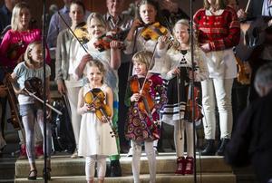 Även de allra yngsta violinisterna fick briljera under onsdagens konsert.