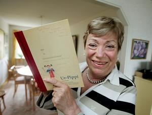 Kunskap. Ulla Lundqvist är Sveriges främsta expert på Pippi Långstrump. När hon skulle skriva sin doktorsavhandling om Pippi, fick hon det första manuskriptet som Astrid LIndgren skickade in. Nu ges det ut som bok. Foto:jonasekströmer/scanpix