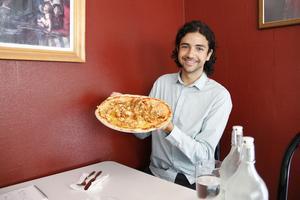 Rodi Misto, pizza-recensenten.