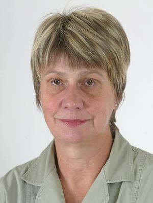 Anita Brorsson, tidigare reporter på ÖP, som tillsammans med Henry Svensson avslöjade att Kriminalvården kringgått Lagen om offentlig upphandling när ett fängelse skulle byggas i Östersund. Något som var en del i stor muthärva med gigantiska belopp.