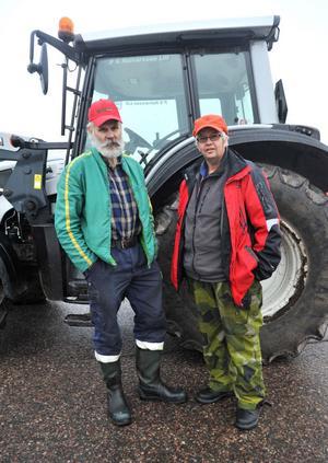 Ove Perbjörs och Per-Gunnar Halvarsson från Lima deltog i rovdjursmanifestationen.