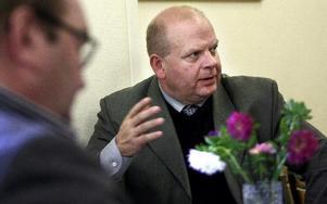 Jordbruksminister Eskil Erlandsson (C) läckte om den kommande budgeten och avslöjade att det finns pengar avsatt till att utveckla den kommersiella service på landsbygden.FOTO: MIKAEL ERIKSSON