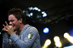 Erik Segerstedt som gav falupubliken tre låtar från sin senaste skiva.