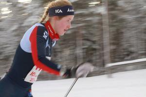 Frida Hallqvist, Åsarna, tog hem damklassen över 42 kilometer sedan hon kört ifrån Lisa K Svensson en dryg mil från mål.