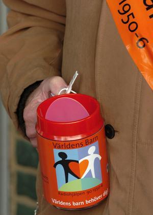 Insamlingen till Världens barn-kampanjen minskade i år i Ljusdals kommun. Närmare 50 000 kronor har hittills samlats in. Arkivfoto: Ola Svärdhagen