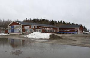 Berglunds båt och motor har försatts i konkurs. Tre anställda berörs.