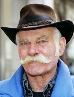 Christer Andersson, 68 år, Lillsjöhögen:– Ja. Vi skulle kunna gå ihop med Tröndelagen, vi har ju varit ihop, men inte Västernorrland.
