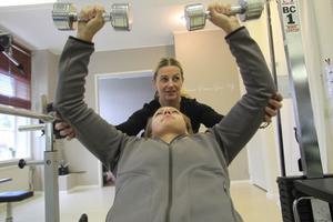 Maria Nord och Carola Tinnuri tycker att det är roligt att många Hasselabor har börjat träna.