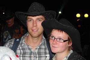 Niclas Carle, 23, och Lenitha Arvidsson, 19, Falun.