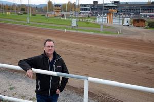 Sporten träffade Jens Berglund under sin första arbetsdag som ny travbanechef för Bergsåker.