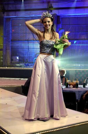 2001 vann Malin Olsson fröken Sverige-tävlingen.